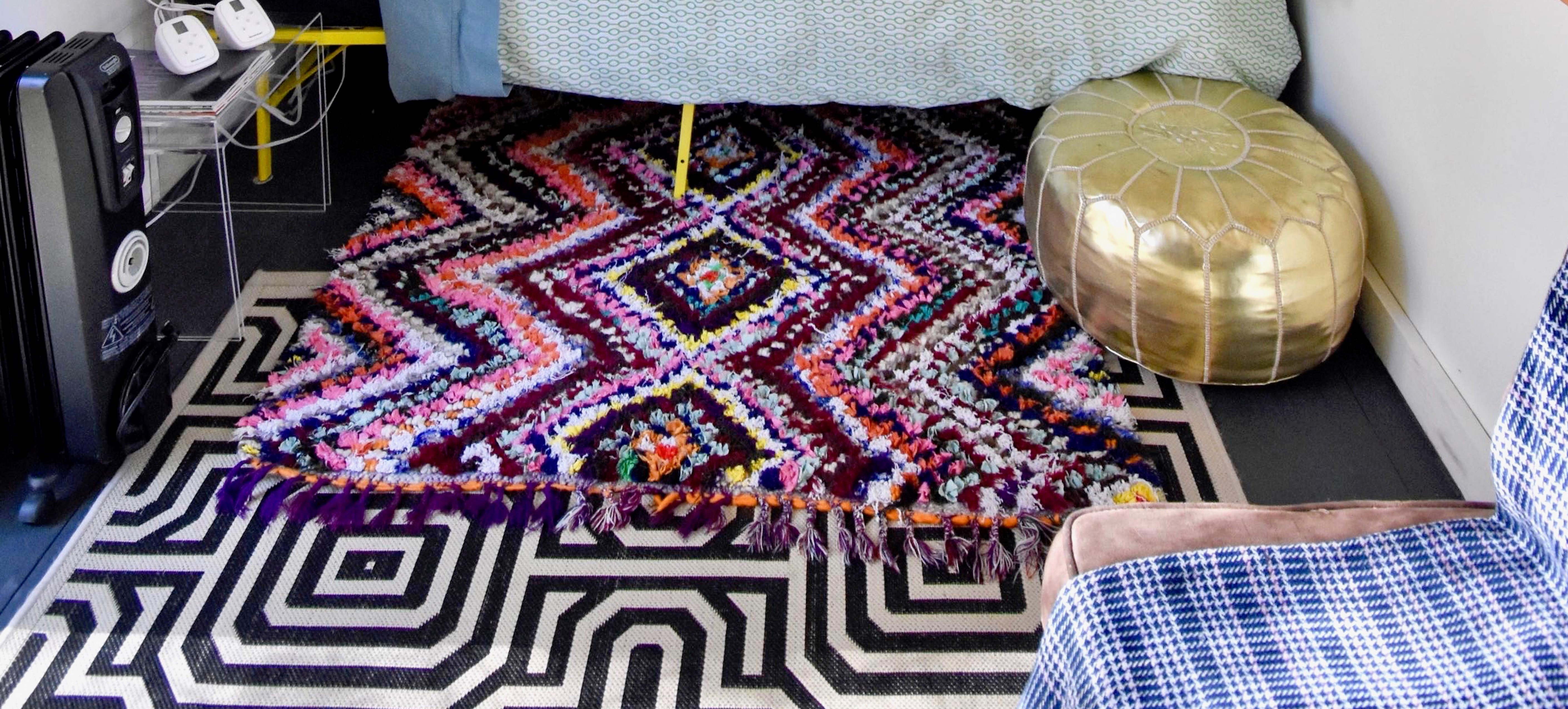 dorm floor banner - andrea-davis-8Xhhyx9L5qk-unsplash