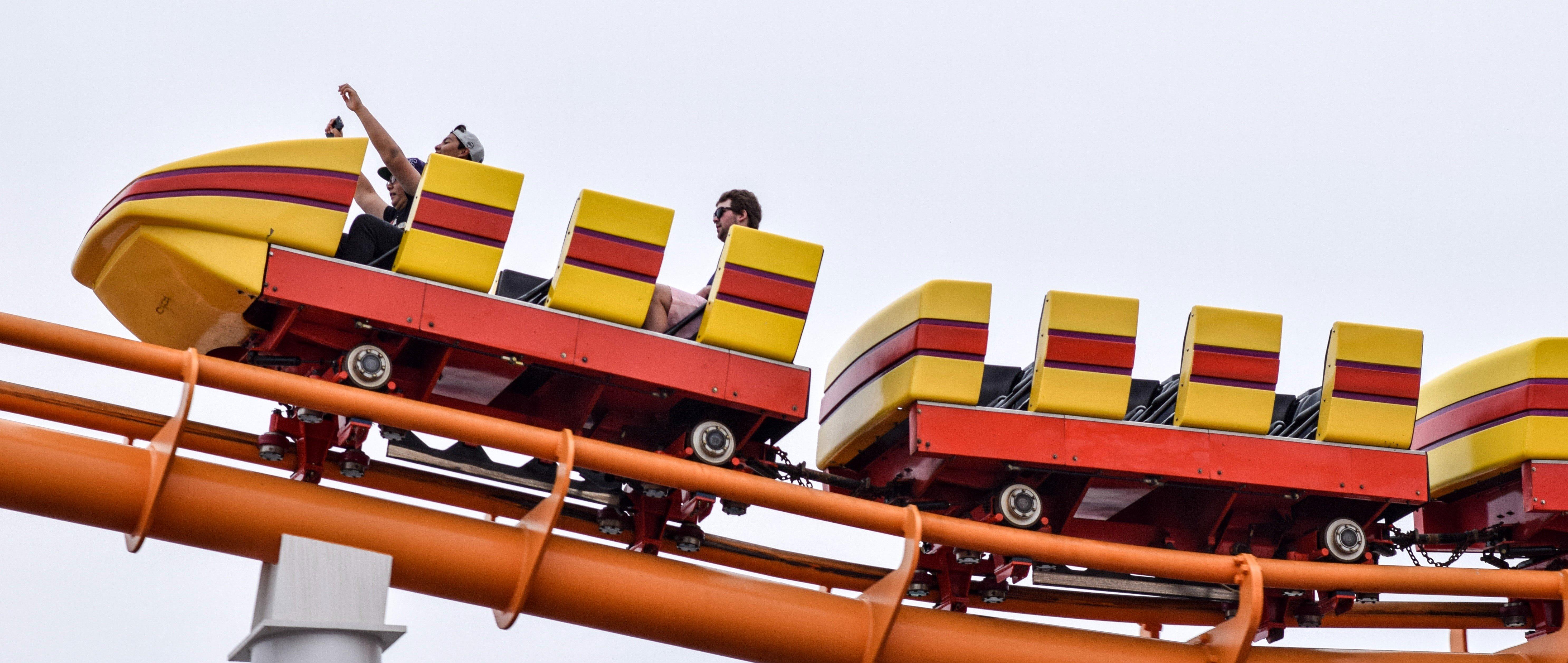 rollercoaster banner - bradley-Ms6GKIS94Yc-unsplash