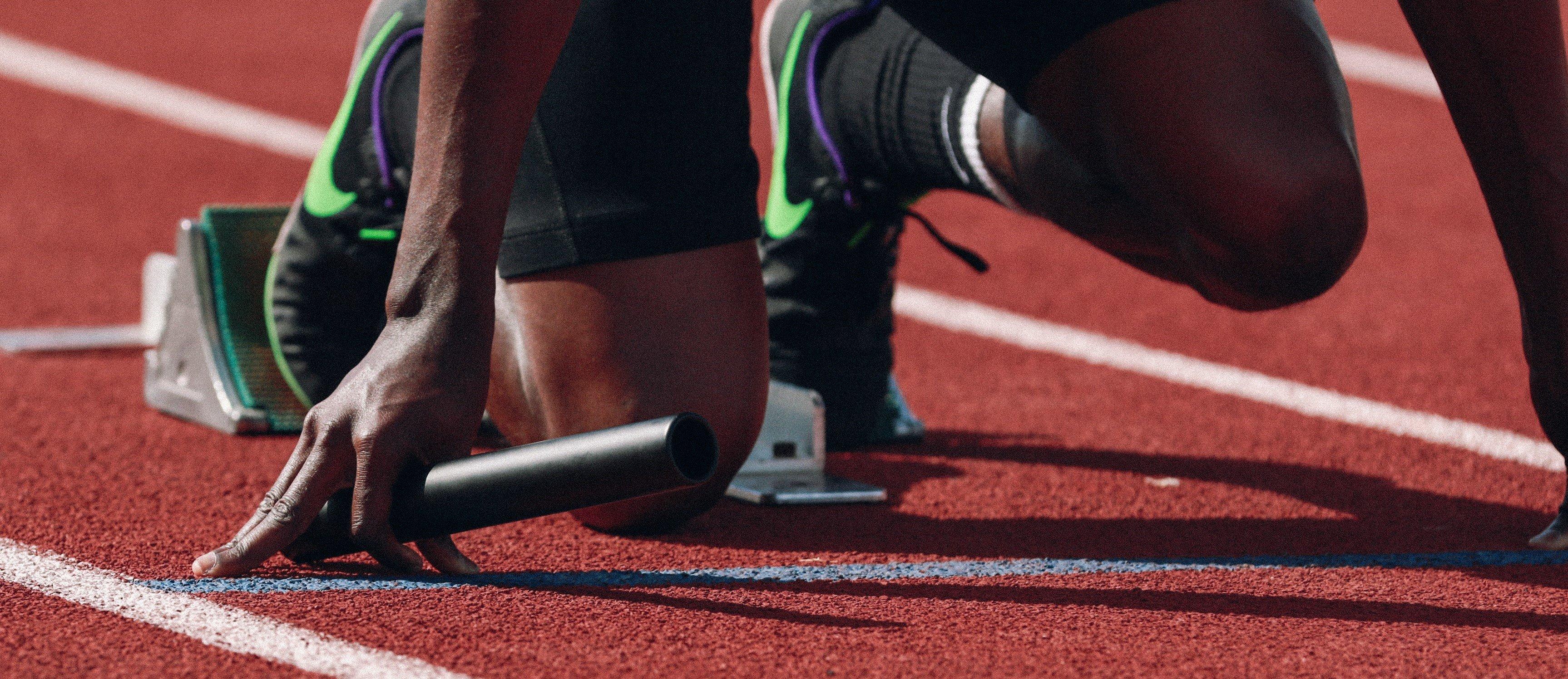 running start banner - braden-collum-9HI8UJMSdZA-unsplash