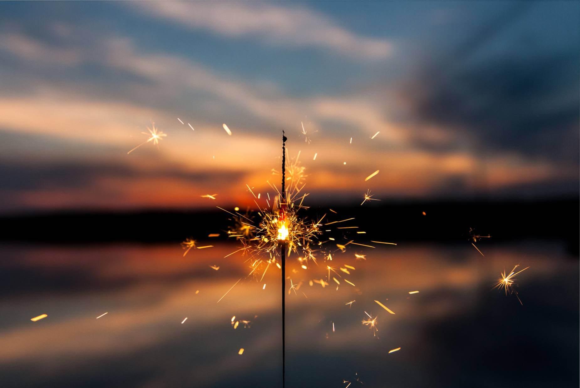 sparkle - dawid-zawila-E9b5kcgCR9Y-unsplash